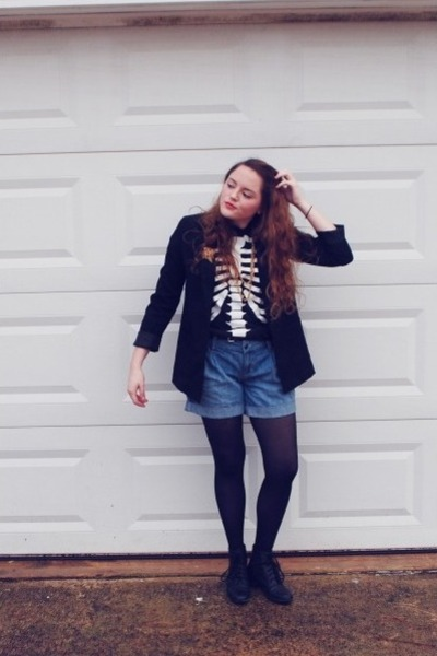 black H&M blazer - Old Navy shorts - black kohls t-shirt