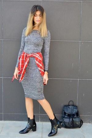 patent leather Zara boots - bodycon grey AX Paris dress - plaid Zara shirt