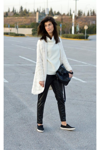 faux leather choiescom pants - white choiescom cardigan - zara Zara flats