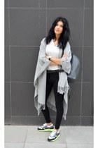 airmax lunar 1 nike sneakers - white shirt Sheinsidecom shirt - grey H&M cape