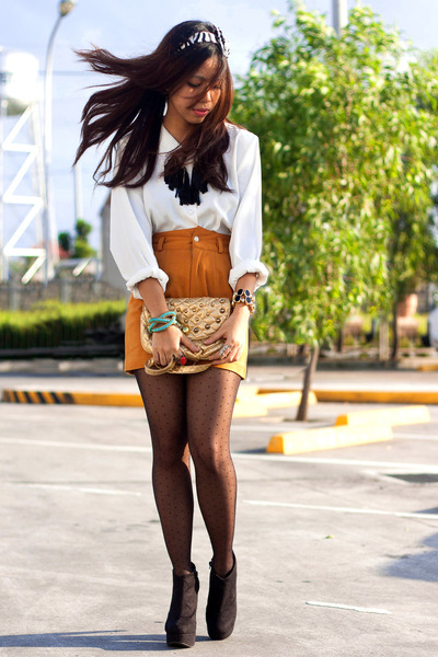 tawny high-waisted shorts - mustard studded bag purse - ivory blouse