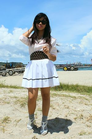 vintage shirt - vintage skirt - Glitterati belt - Forever 21 necklace