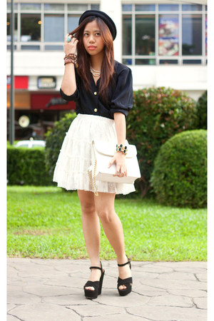 white white crochet shopvintagefinds skirt - black shopvintagefinds blazer