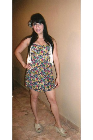 floral print Forever 21 dress - Carlos Antonio shoes - lace  cotton Ivory vest