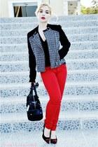 Mango jacket - Armani Exchange bag - Zara pants - Gucci glasses