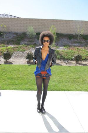 black leather H&M jacket - blue tank Nasty Gal shirt