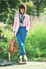 Pink-blazer-blue-pants-brown-shoes-brown-bag