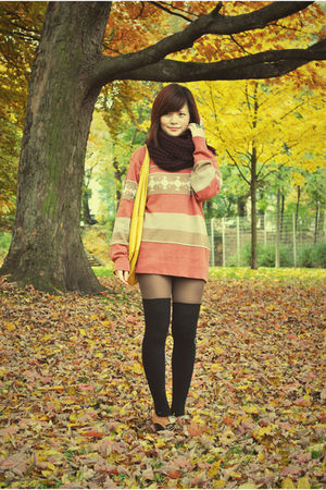 orange blouse - black socks - beige bag