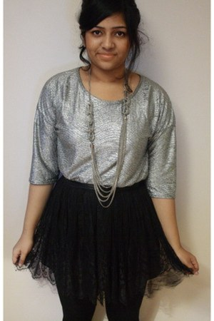 silver Missguided top - lace H&M skirt - chains Dorothy Perkins necklace