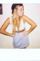 Topshop skirt - Zara belt - H&M t-shirt - Ebay hat
