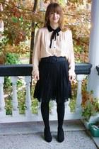 eggshell ziezo blouse - black Forever 21 heels - black H&M skirt