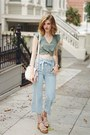 Light-blue-urban-outfitters-pants-teal-kimchi-blue-top