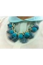 SeamsTheory necklace