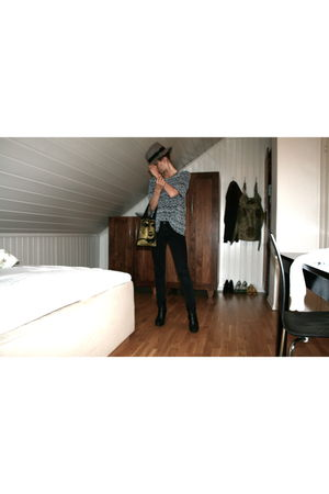 black Nudie Jeans jeans - silver vintage t-shirt - gold Uptight Clothing purse -
