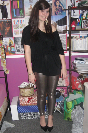 black H&M blouse - gold Aldo leggings - black le chateau shoes - gold Aldo earri