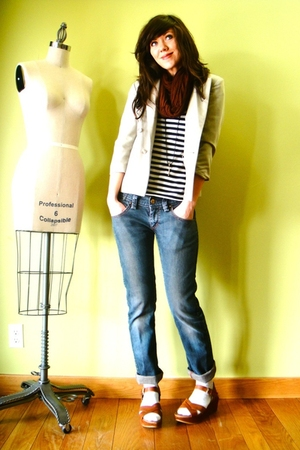 brown American Apparel scarf - gray Levis jeans - beige vintage blazer