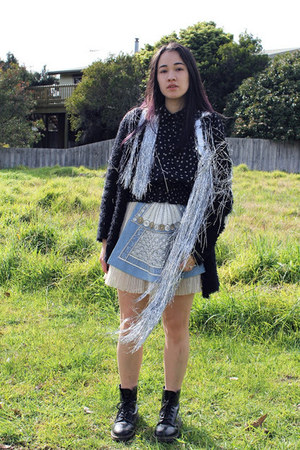 silver sparkle fringe DIY cape - black Dr Martens boots