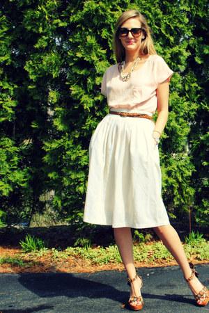 Nine West shoes - Forever 21 belt - Forever 21 top - vintage from Ebay skirt