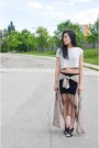 Tan-tobi-jacket-black-aritzia-shorts-off-white-zara-top