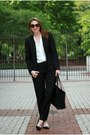 Black-michael-kors-bag-tory-burch-sunglasses-black-ann-taylor-pumps