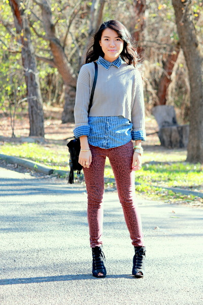 tan knitted Forever 21 sweater - ruby red Forever 21 jeans - black Ross bag