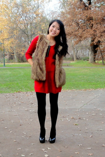 light brown fur vest - red knitted dress - black tights - black pumps