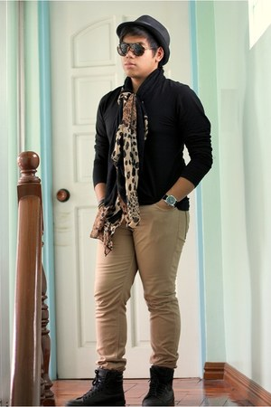 black Zara shirt - brown Zara jeans - leopard print People are People scarf