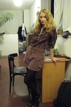 random brand shirt - mango old skirt - H&M tights - israeli brand