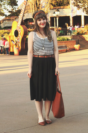 tawny madewell bag - white H&M top - black modcloth skirt