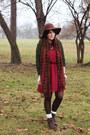 Brown-seychelles-boots-maroon-no-rest-for-bridget-dress-brown-sosie-hat