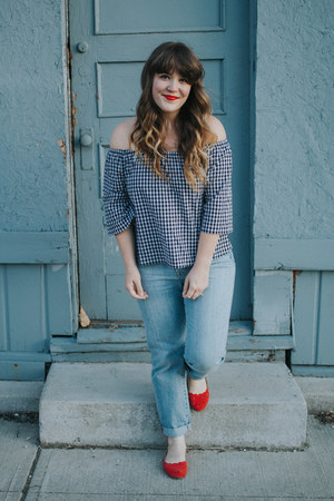 red modcloth flats - blue madewell jeans - black Forever 21 top