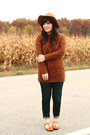 Blue-madewell-jeans-camel-moorea-seal-hat-tawny-chicwish-sweater