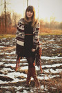 Tawny-wanted-boots-black-forever21-dress-maroon-ruche-socks