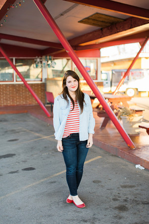 navy madewell jeans - red modcloth top - red Old Navy flats