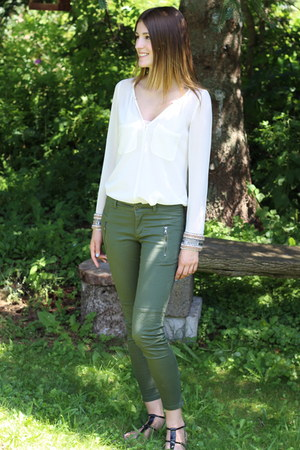 Zara blouse - Forever21 pants - Joe Fresh sandals