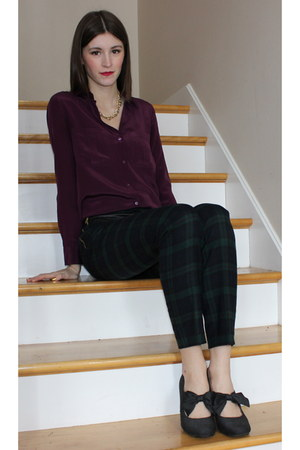 purple Club Monaco blouse - JewelMint necklace - forest green Club Monaco pants