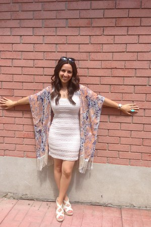 nude fitted lace Dynamite dress - bubble gum Dynmite cardigan - Ray Ban glasses