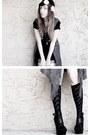 Black-steve-madden-heels-floral-headband-accessories-light-purple-vest