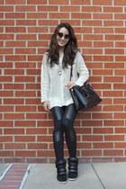 beige Lookbook Store sweater - black chicnova leggings
