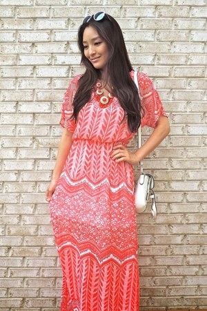 coral printed maxi Annie Jean Apparel dress - white crossbody LucyMint bag