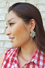 Red-bow-embellished-oasap-bag-silver-statement-ash-willow-earrings