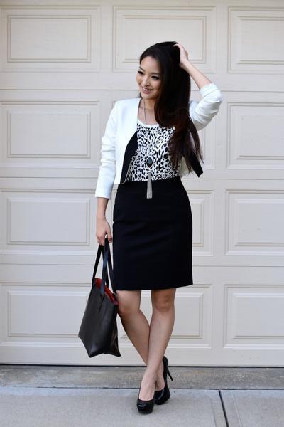 white Cindy  Johnny blazer - black Bag Inc bag - black pencil ann taylor skirt