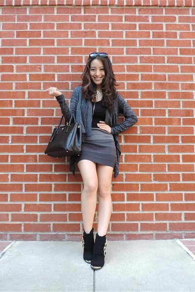 charcoal gray ombre bandage BCBG skirt - black deb boots