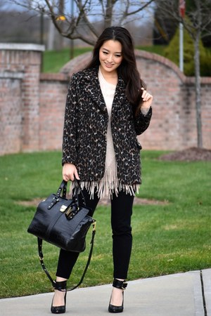 black animal print H&M coat - beige fringe Zero Degrees Celsius sweater