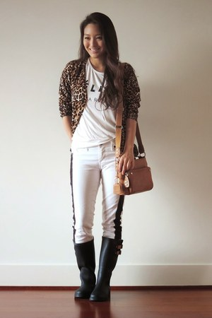 brown animal print Our World Boutique cardigan - black rain Chooka boots