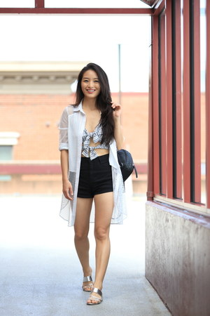 heather gray bow tie crop asos top - black high waisted Charlotte Russe shorts
