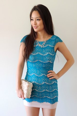 turquoise blue lace style moi dress - light pink floral Darling bag
