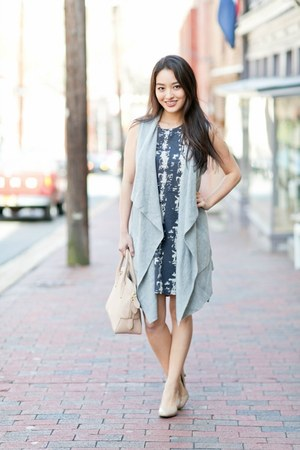 charcoal gray printed Stitch Fix dress - beige bowler Burberry bag