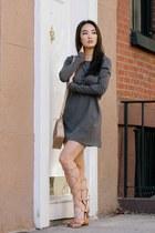 charcoal gray tee shirt Chaser dress - tan crossbody Olivia  Joy bag