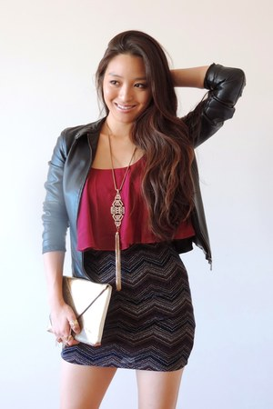 gold Kristin Perry Accessories necklace - maroon Trixxi dress